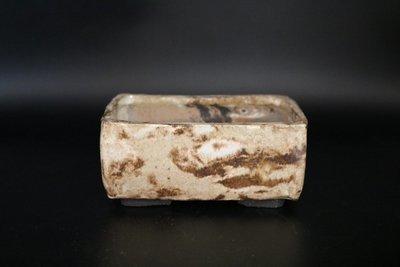 Holvila - 11.7cm; European, marble stone; browns; rectangle; shohin;