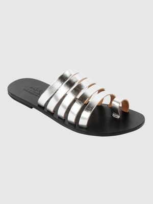 Greek Leather Sandal: Ekaterine
