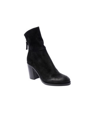 Elena Iachi Black Ankle boot in Hombre Black leather