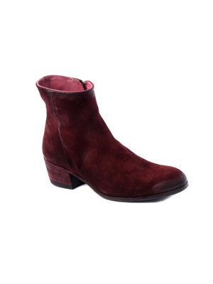 Ankle Boot in  hand-died and washed Suede in Burgundy