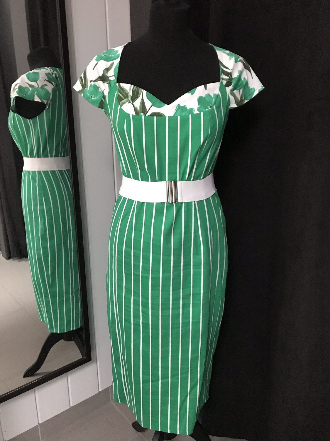 Stripes and Lines Groen
