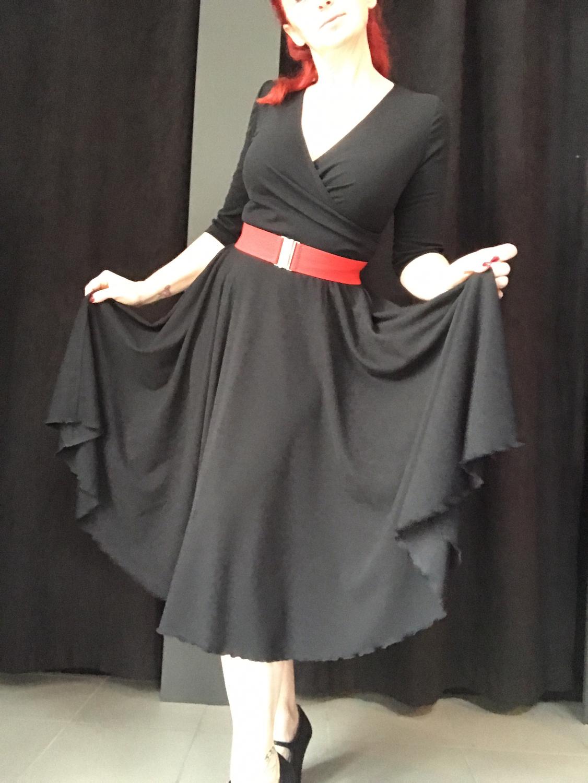 Zwarte swing jurk