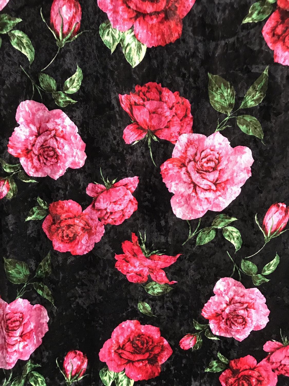 Velvet print roos