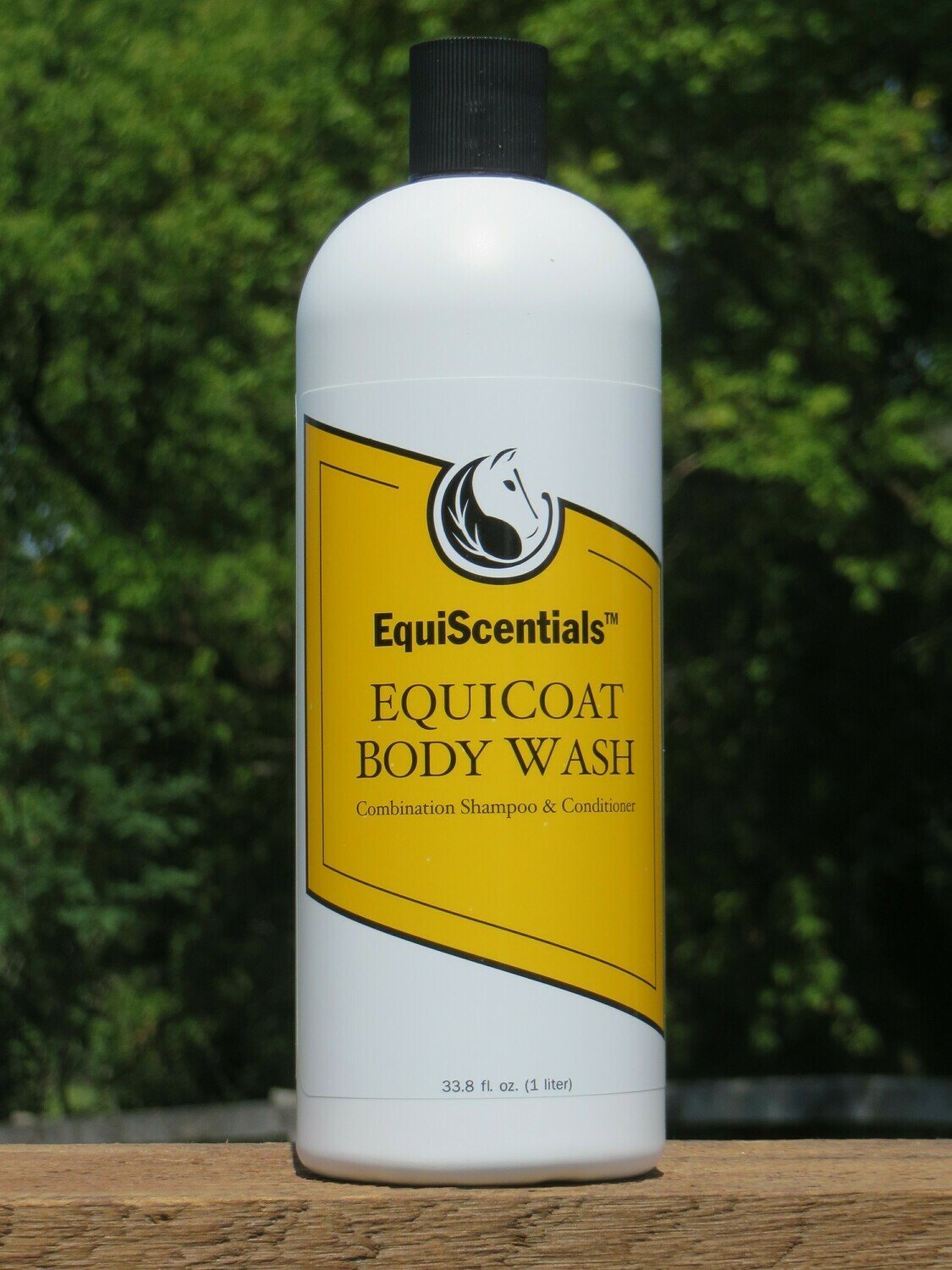 EquiScentials EquiCoat Body Wash - Lifts away dirt and dead skin
