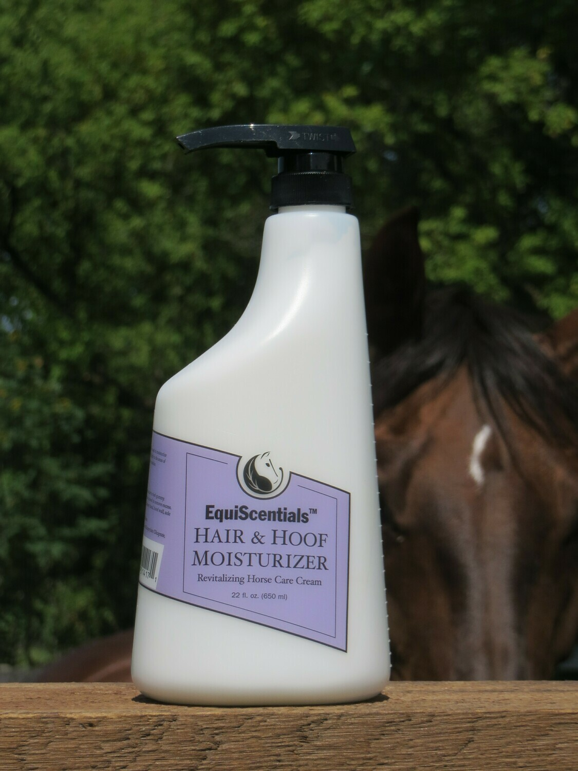 EquiScentials Hair and Hoof Moisturiser - Helps Dry Damaged Hooves and Coat