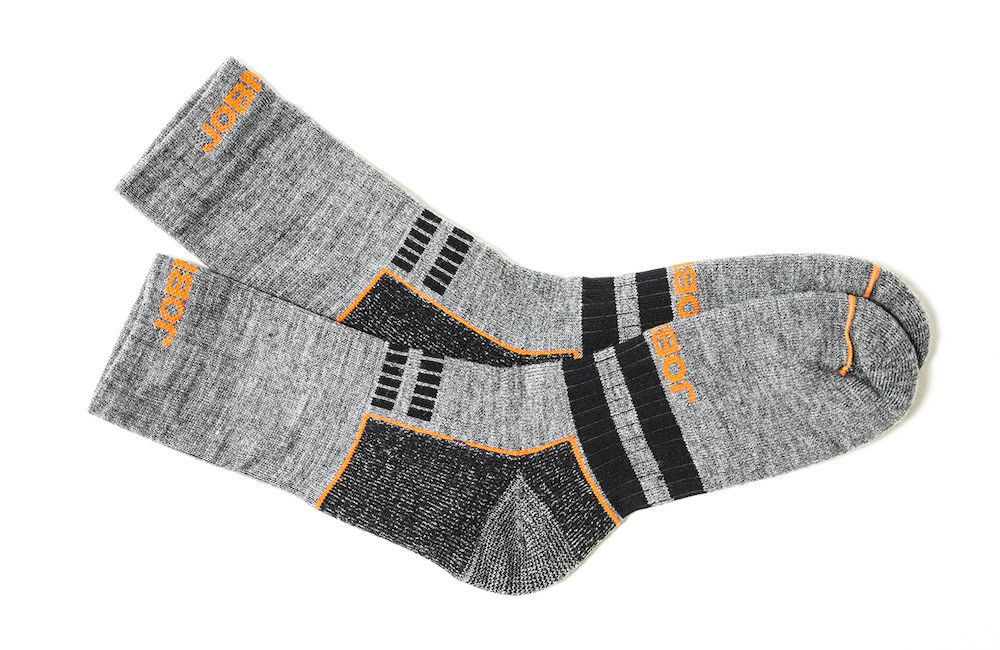Socken Wolle grau / schwarz