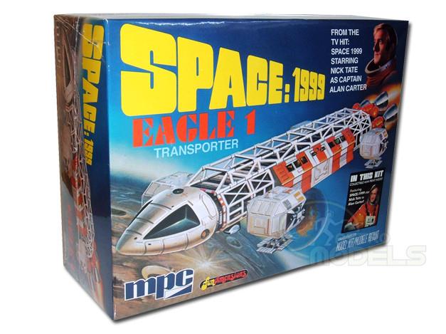 """MPC 12"""" EAGLE 1 TRANSPORTER MODEL KIT - SPACE: 1999 - SUPERB!"""