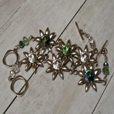 Bellis Bracelet