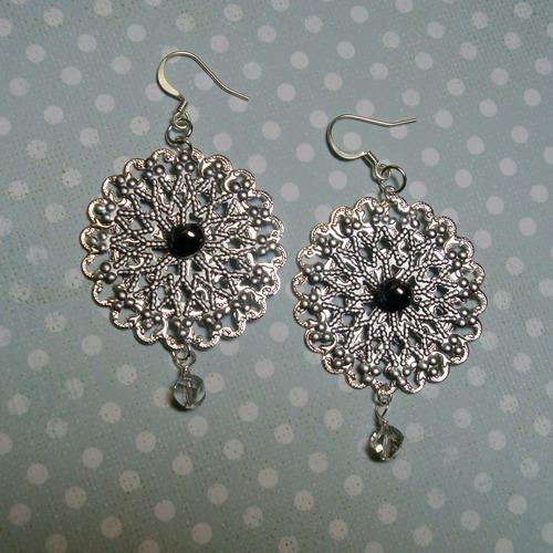 Daisy Diva Earrings