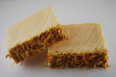 Lemongrass E.O. & Calendula Infused Almond Oil Soap Bar