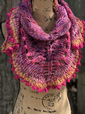 Pretty In Pink Convertible Shawlette