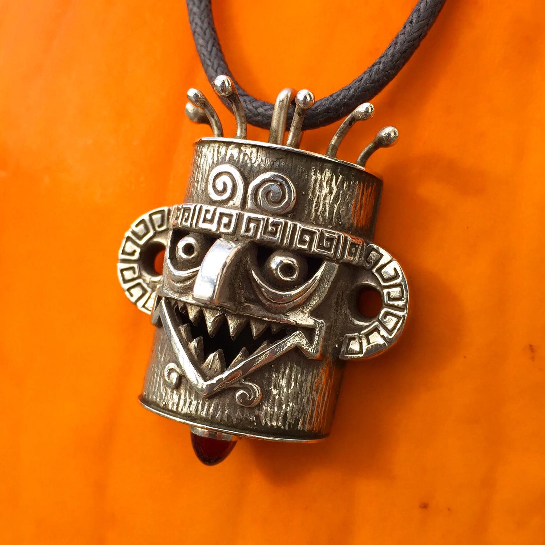Lucky Mojo Series Smile Mofo Tiki Pendant