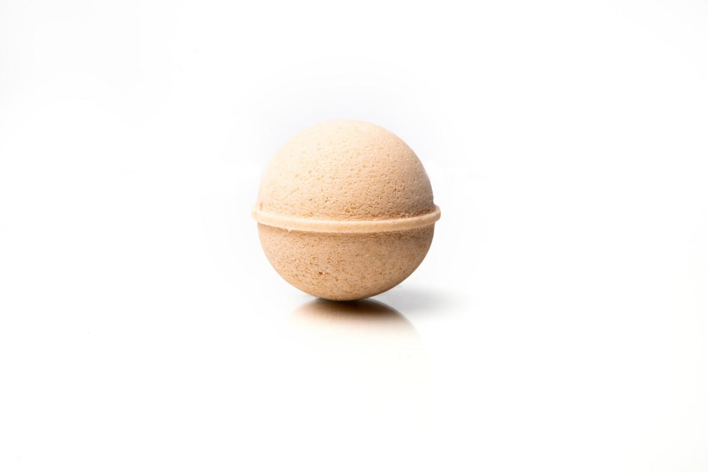 Cream & Honey CBD Infused Bath Bomb