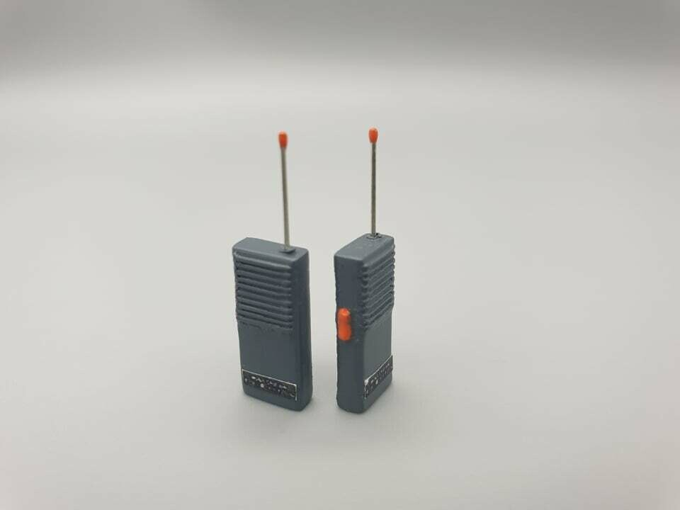 DeLorean 1:8 scale walki Talki set
