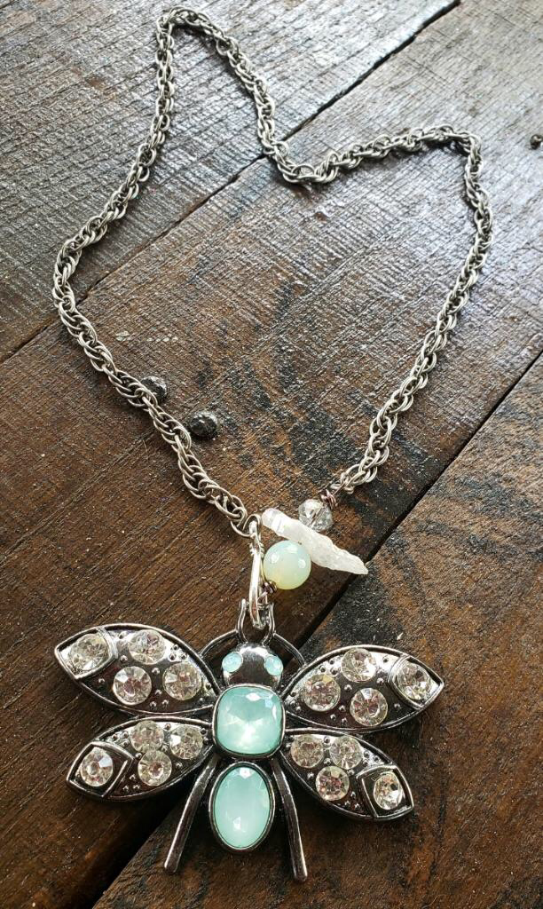 Glitzy Dragonfly Necklace 00320