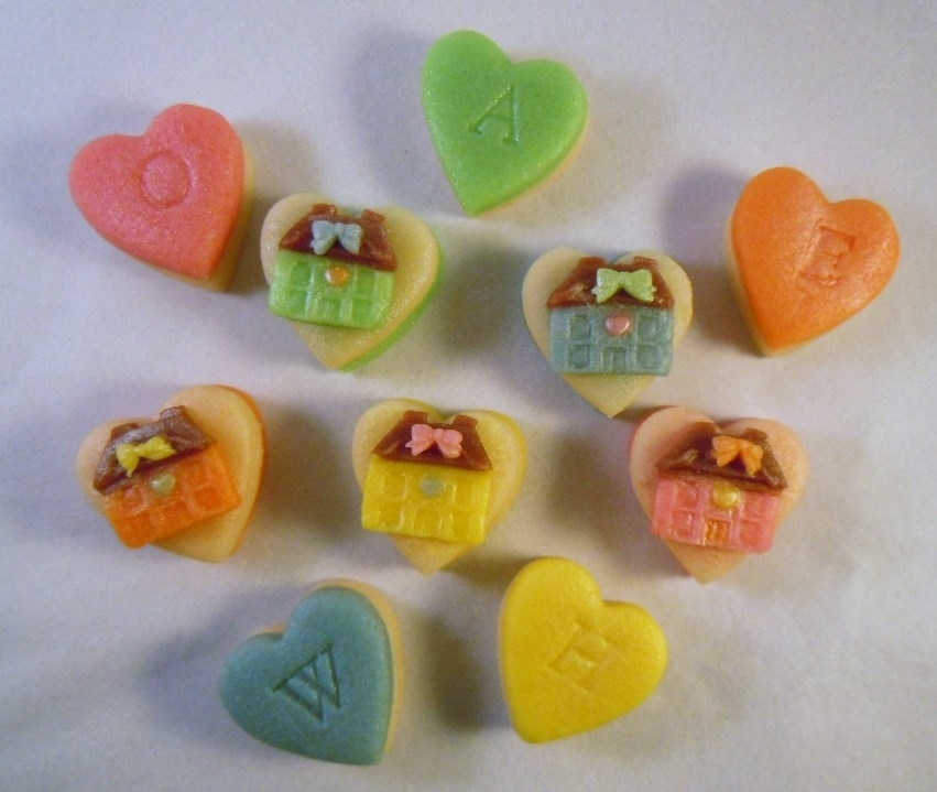 Pretty houses on marzipan hearts.