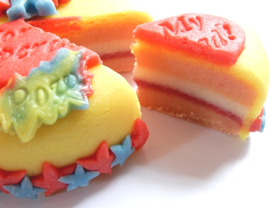 100% marzipan, made just like a real cake!