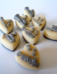 Add a message for a marzipan lovin' musician!