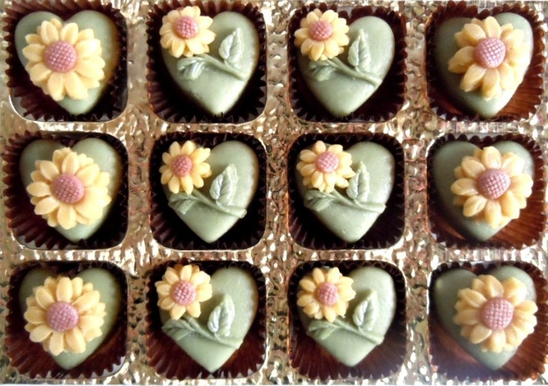 A delicious gift to cheer any marzipan lover.