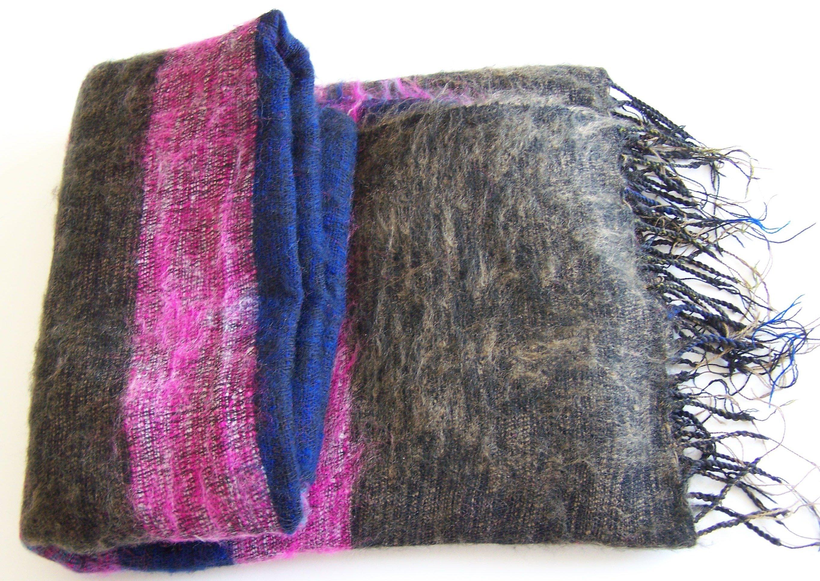 Hand Loom Woolen Shawl 100-8311