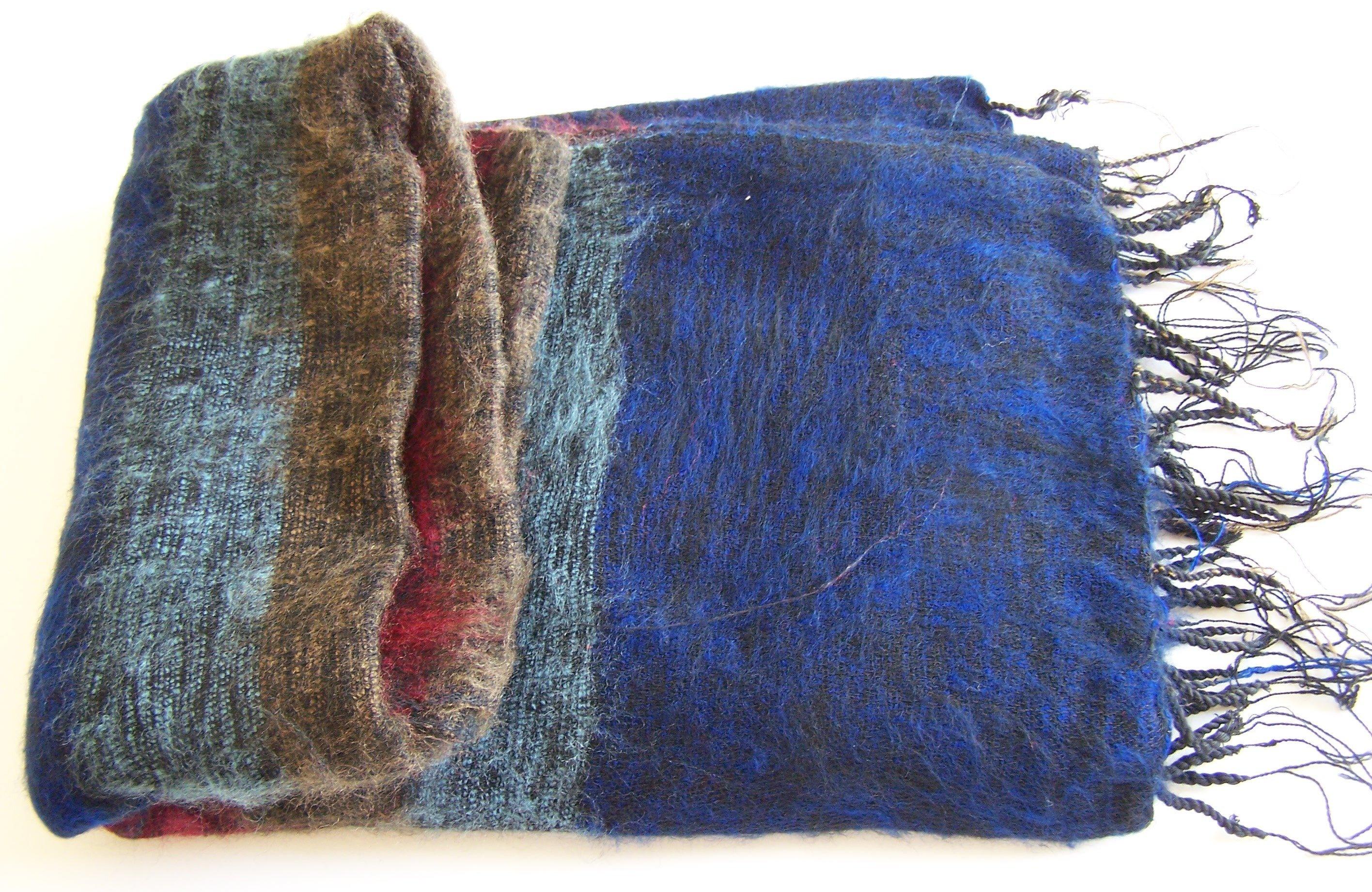 Hand Loom Woolen wrap 100-8313