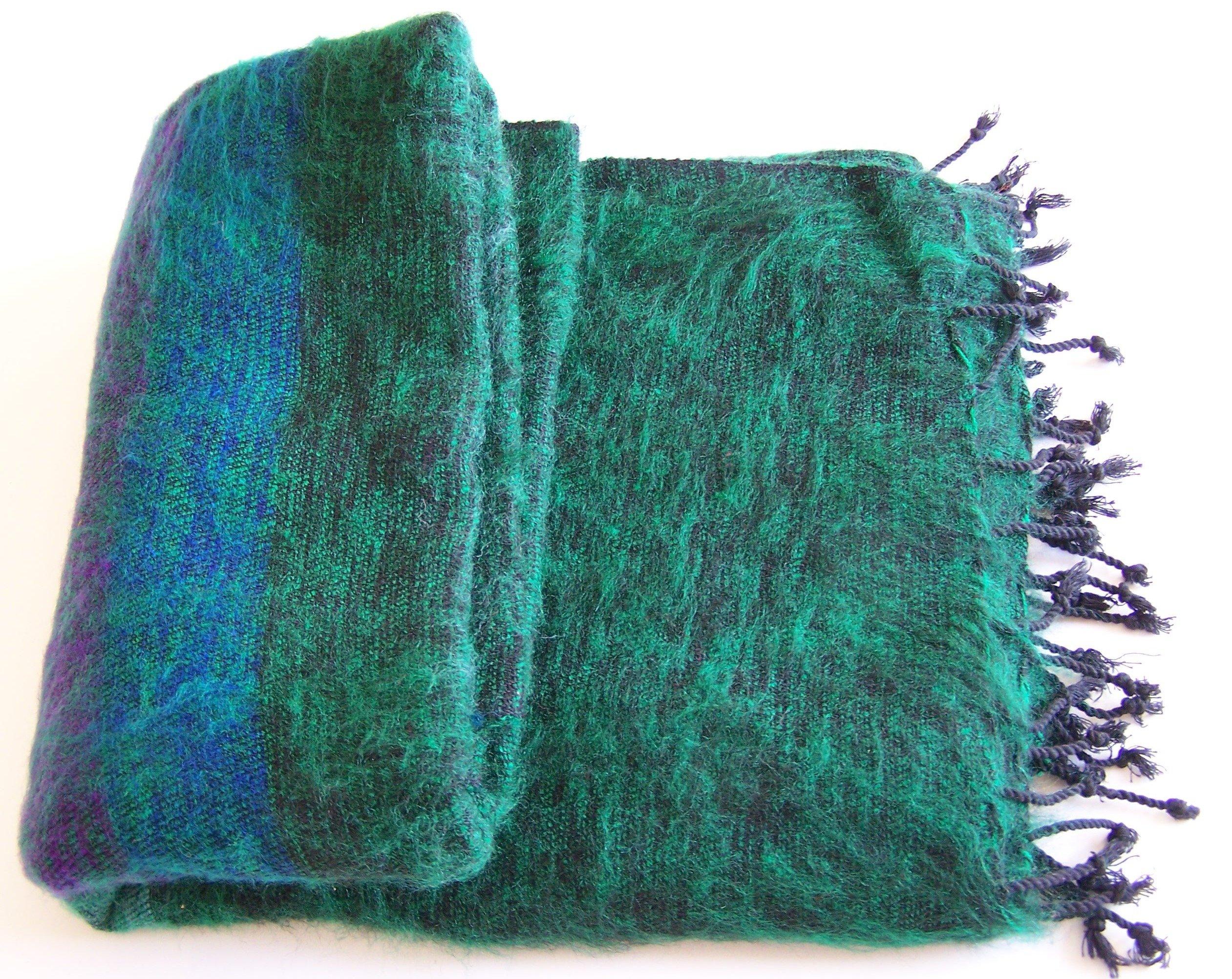 Hand Loom Woolen Shawl 100-8314