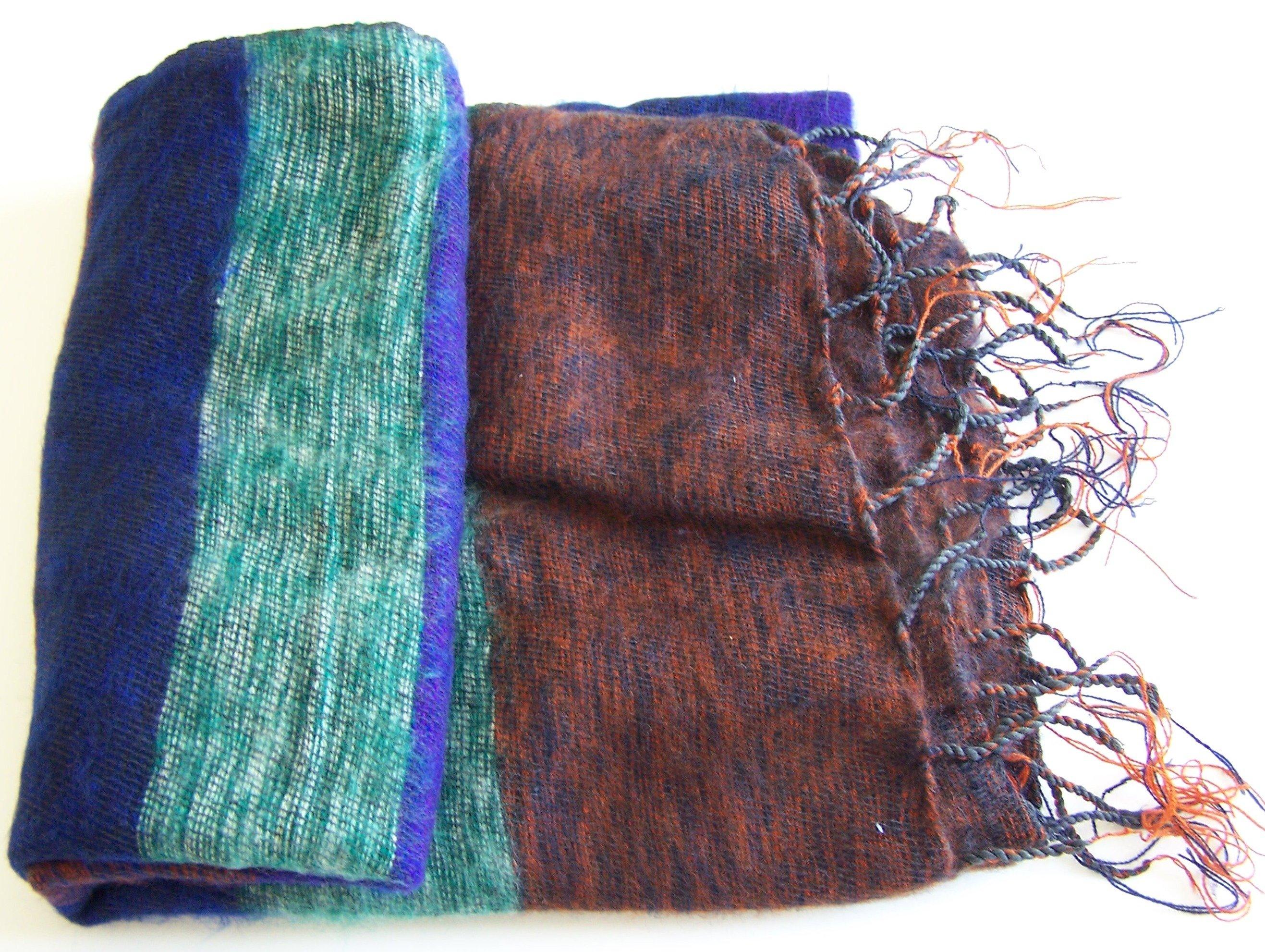 Hand Loom Woolen Shawl 100-8317