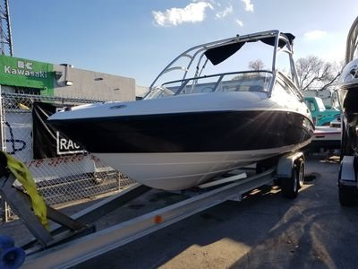 2004 YAMAHA AR 230 HO 23' BOAT. It's powered by 2 Yamaha High output motors (160 HP each) has Wake Tower
