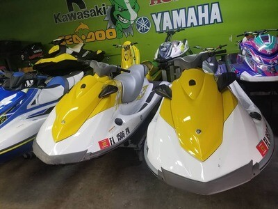 💥 SPECIAL !! SET OF JETSKIS W/ DOUBLE TRAILER  2015 Yamaha V1 Waverunner Jetski .Two unit in Stock ✔ 4 Stroke engine ✔ 3 seater ✔1100 cc ✔ 110 hp ✔ Reverse