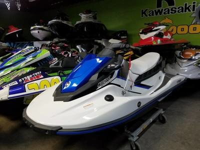 For sale 2017 Yamaha EX Waverunners 3 cylinders 1050cc
