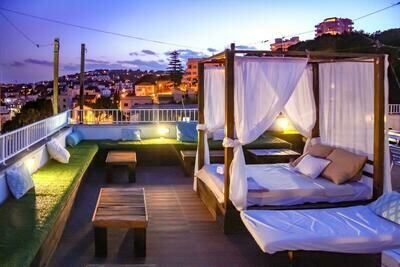 Hotel Take Over Palma & full party & workshop bundle - per couple