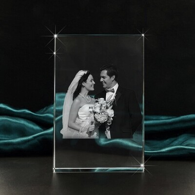Wedding Couple Portrait Photo Crystal Gift  – Large