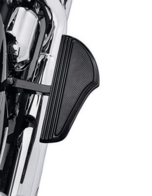 P&A - Defiance Footboard Kit Passenger Black