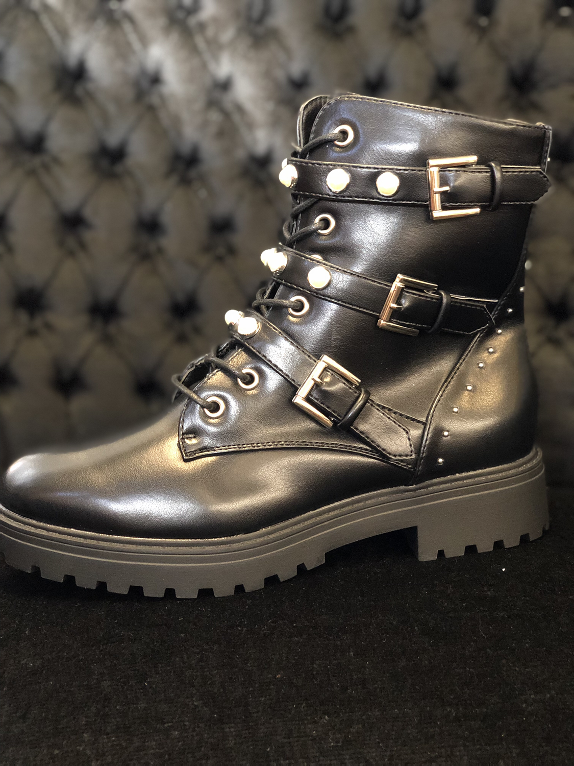 Black Boots Pearl with Zipper Women