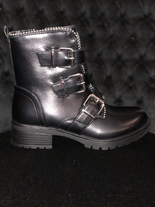 Black Buckle Boots with Zipper Women