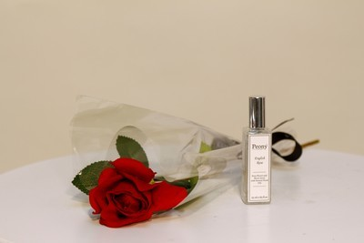Single Rose and 25ml Rose Fragrance Spray