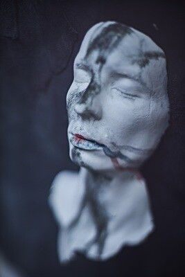 Face with clavicle  // Small sculpture // fwcss-t02