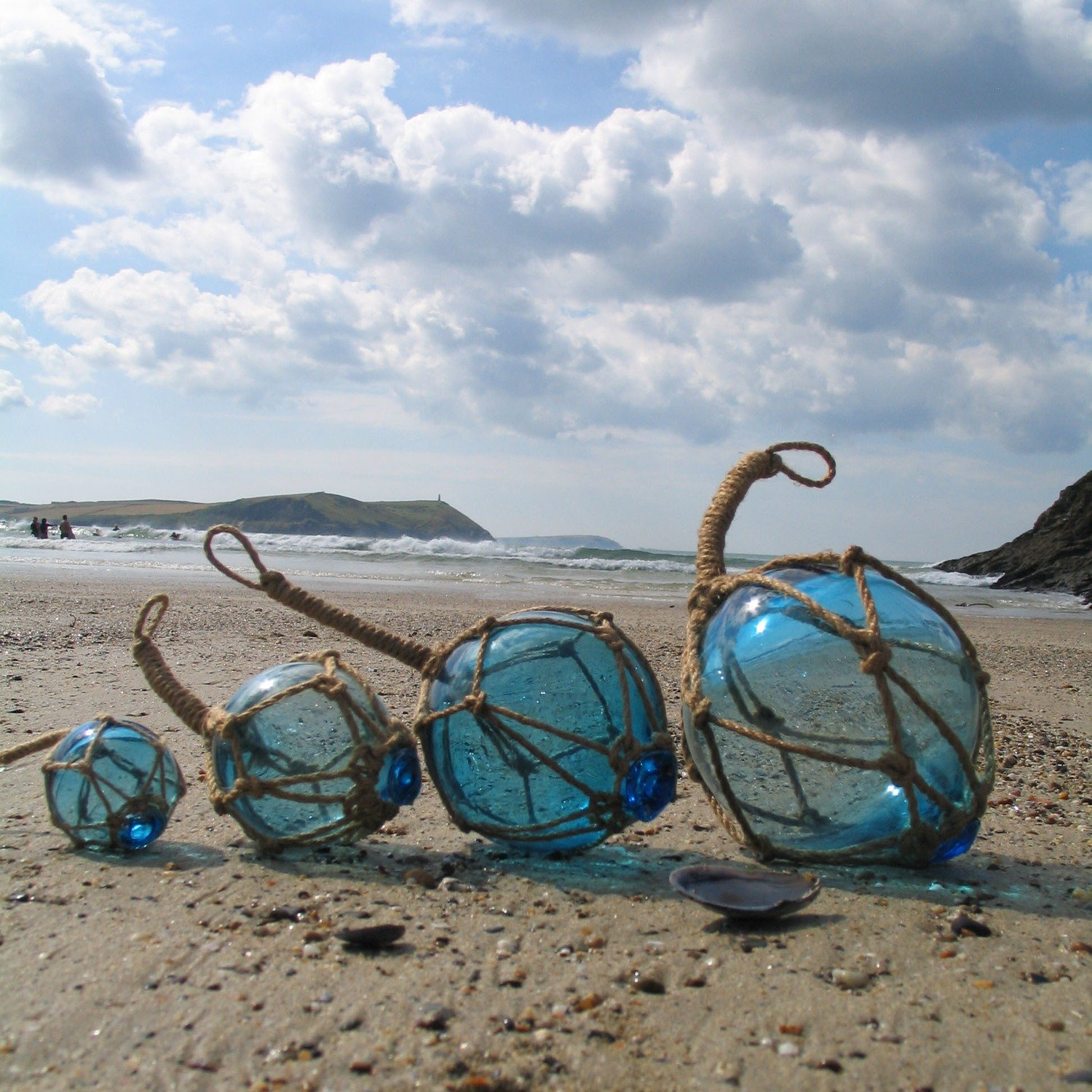 Set of 4 Glass Buoys (1 of each size) in Teal