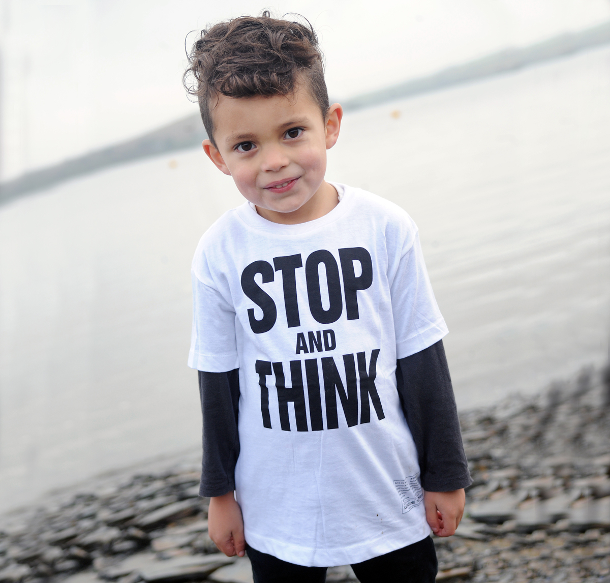SALE 40% OFF STOP AND THINK Katharine Hamnett designer kids T-shirt 00073