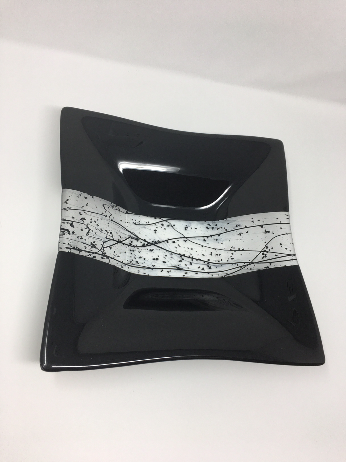"12 x 12 x 2"" Black Bowl with Stringers"