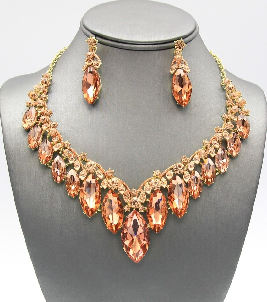 Crystal Tear Drop Neckalce Set