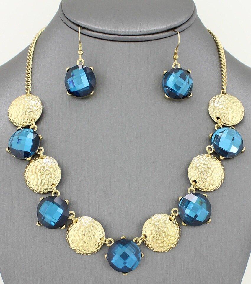 Hammer Coin and Gemstone Collar