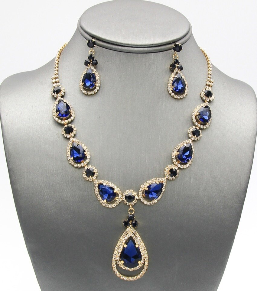 Elegant Crystal Pave Tear Drop Pendant Necklace Set