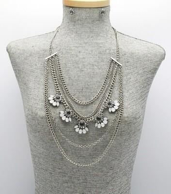 Metal Layered Acrylic Stone Necklace Set