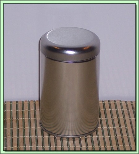 Can Storage: 2 oz.Tea Can