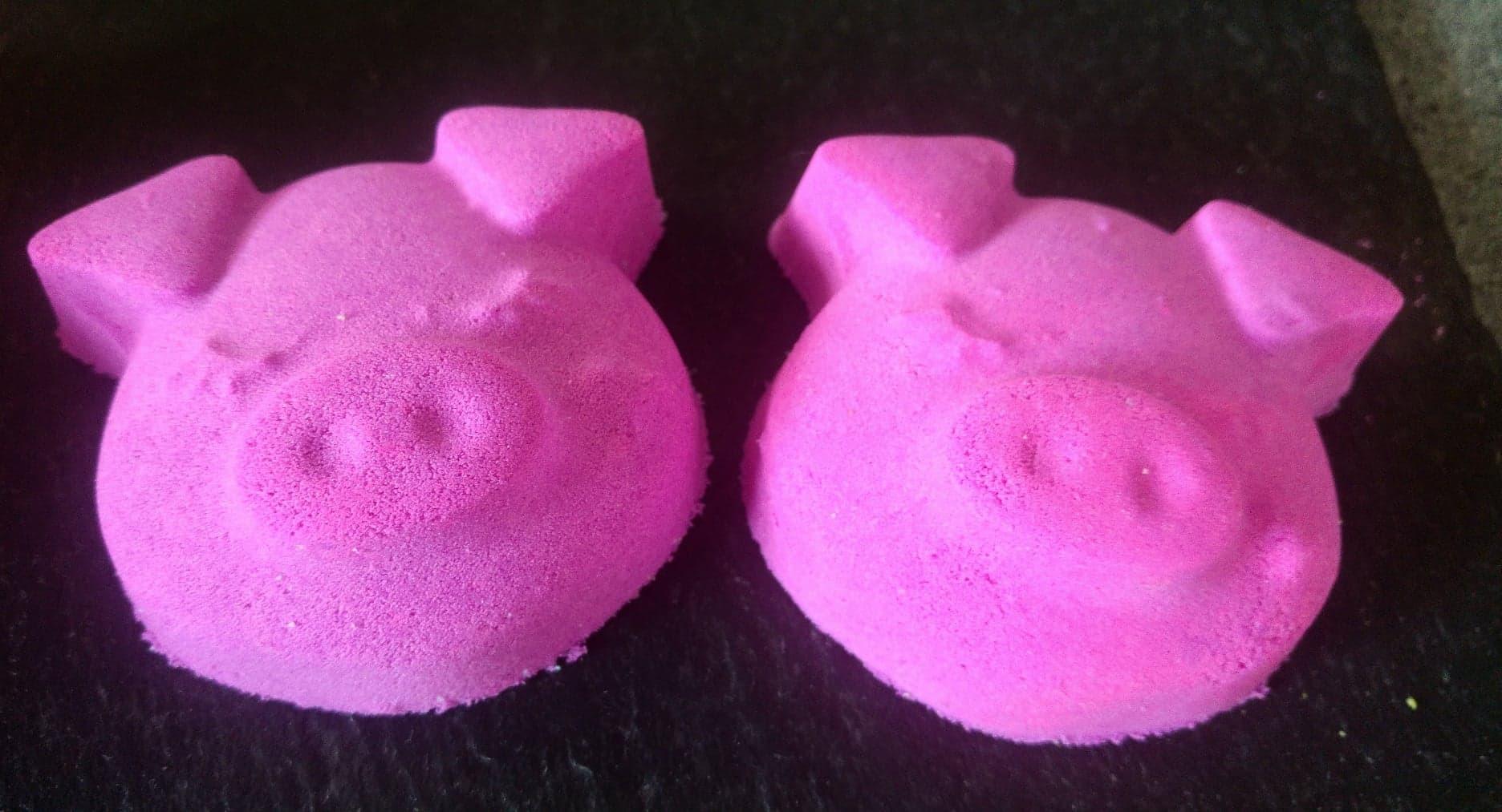 cute little pig 1 £2 each 00107