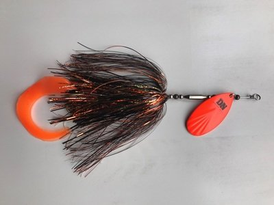 Single #9 Blade Bucktail