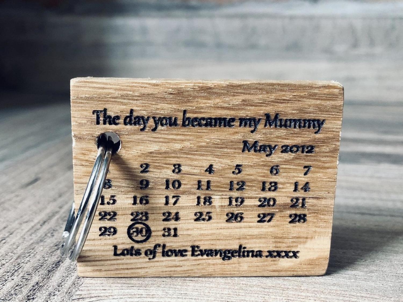 Daddy's Workshop - Handmade Personalised Oak Calendar Key Ring