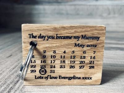 Daddy's Workshop - Handmade Personalised Oak Calendar Key Ring