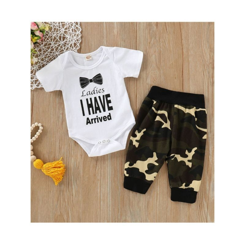 2-Piece Boys Outfit LADIES I HAVE ARRIVED Bodysuit Matching Camo Trousers